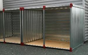 Abri de stockage ouvert sur un coté